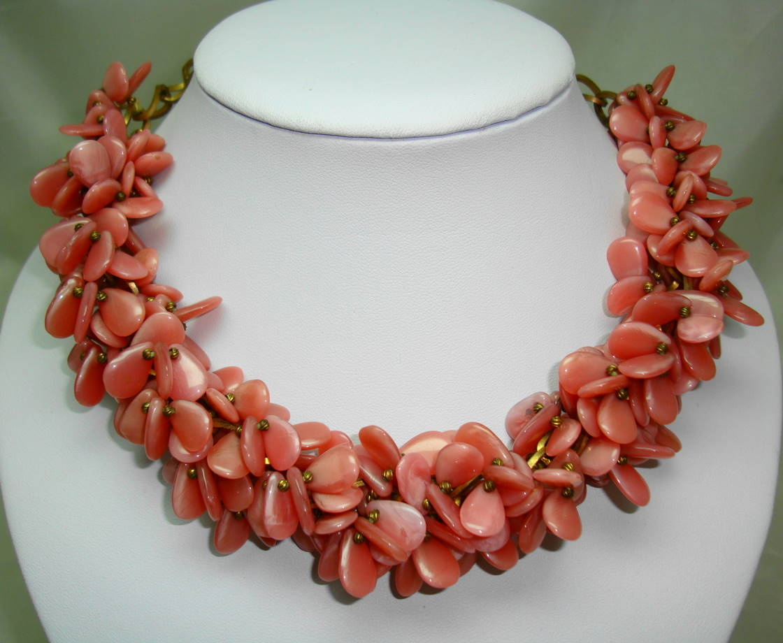 £60.00 - Vintage 30s Art  Deco Pink Garland Glass Cluster Bead Necklace Amazing
