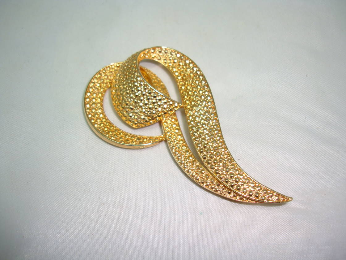£38.00 - Vintage 50s Amazing Large Stylised Swirl Gold Marcasite Brooch Quality