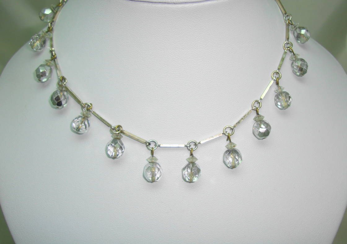 Vintage 30s Pretty Crystal Glass Bead Dangle Drop Silver Link Necklace