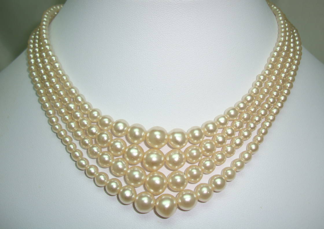 £45.00 - Vintage 30s 4 Row White Faux Pearl Glass Bead Necklace Diamante Clasp
