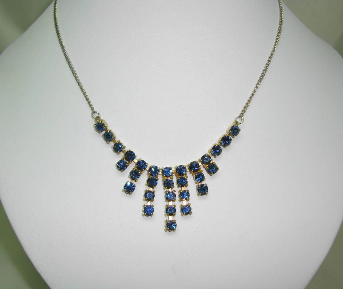 £22.00 - Vintage 50s Sparkling Sapphire Blue Diamante Graduating Drop Necklace