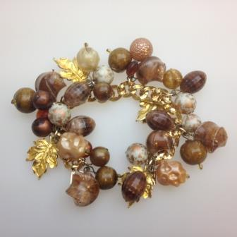 Vintage 50s Chunky Brown Gold Amber Chunky Charm Bead Bracelet