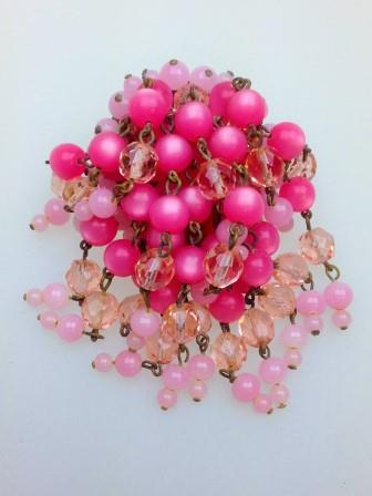 £25.00 - Vintage 50s Pink Moonglow and Crystal Glass Bead Waterfall Cascade Brooch