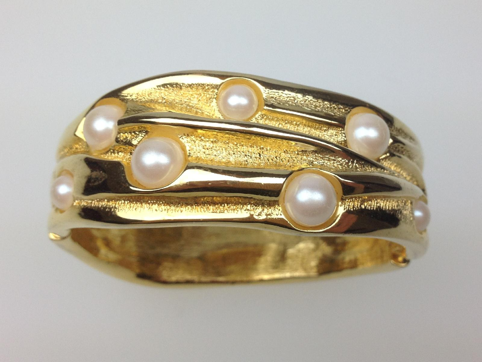 Vintage 80s Wide Goldtone Glass Faux Pearl Clamper Cuff Hinged Bracelet