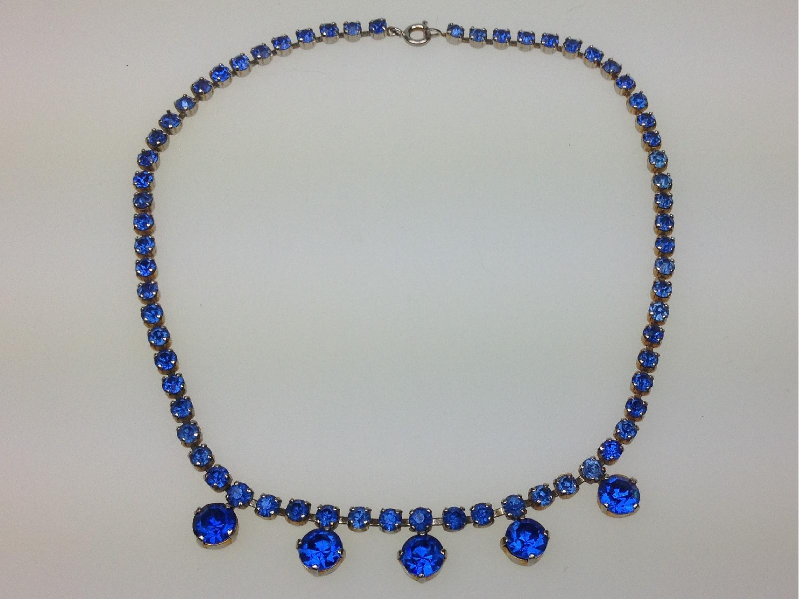 £20.00 - Vintage 50s Very Pretty Blue Diamante Drop Silvertone Necklace