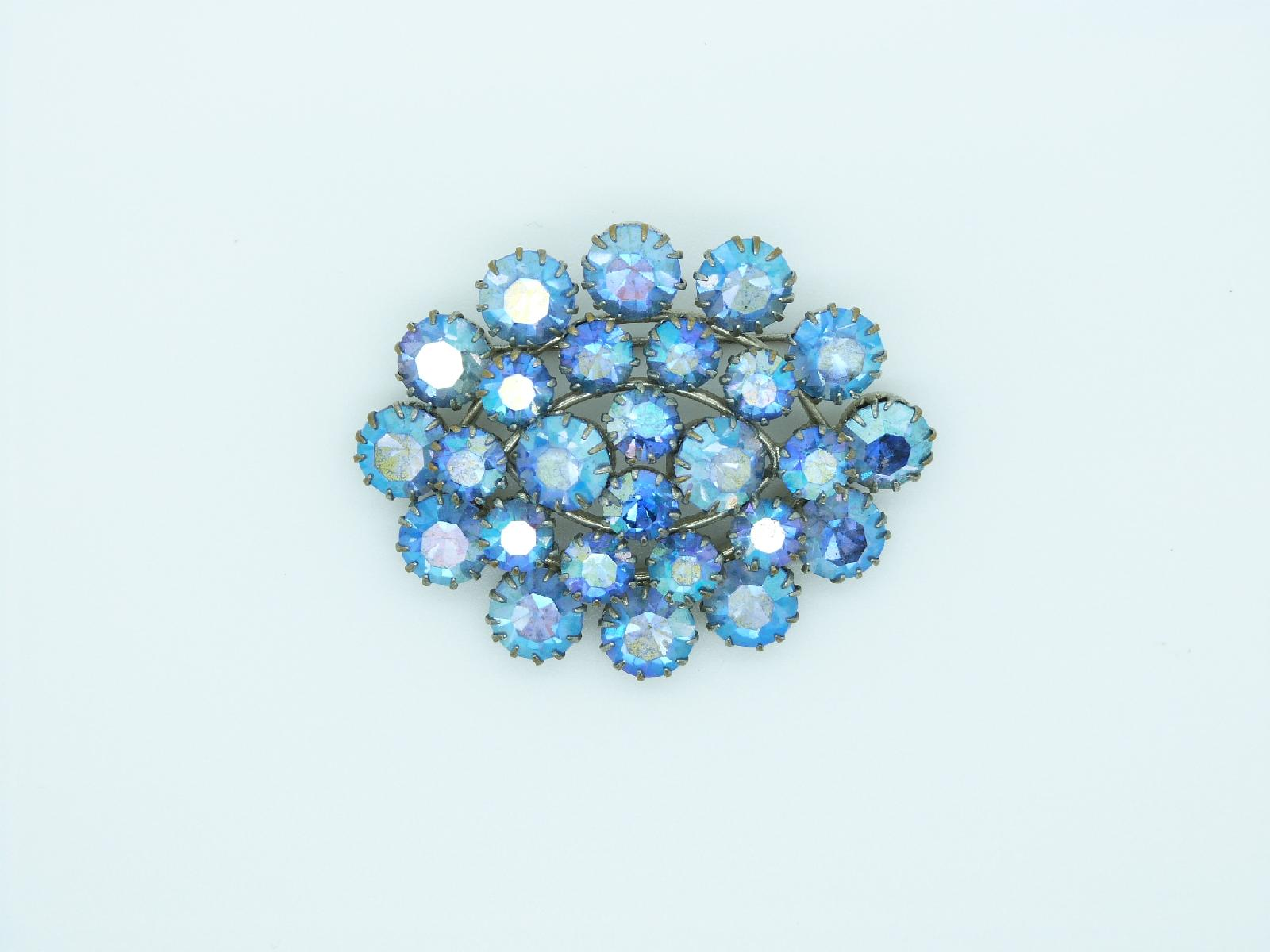 Vintage 50s Large Sparkling Blue AB Diamante Oval Brooch Amazing!