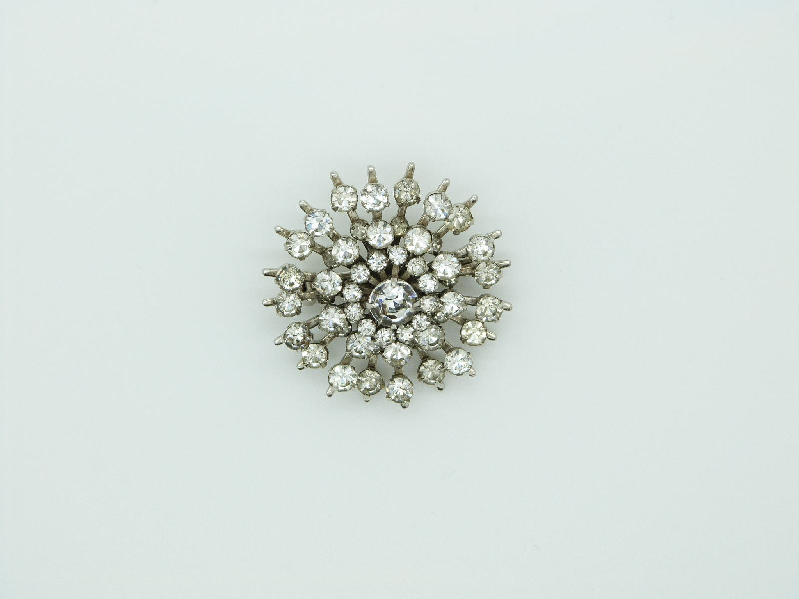 £23.00 - Vintage 40s Quality Sparkling Diamante Starburst Design Silvertone Brooch