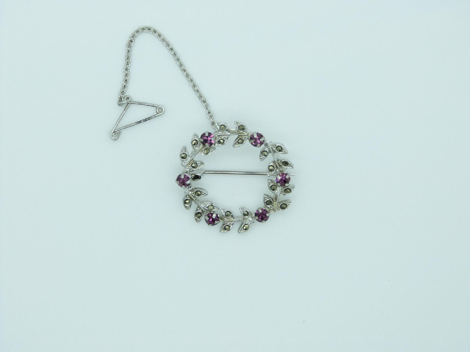 £10.00 - Vintage 50s Marcasite and Purple Diamante Silvertone Garland Brooch with Safety Chain 3cms