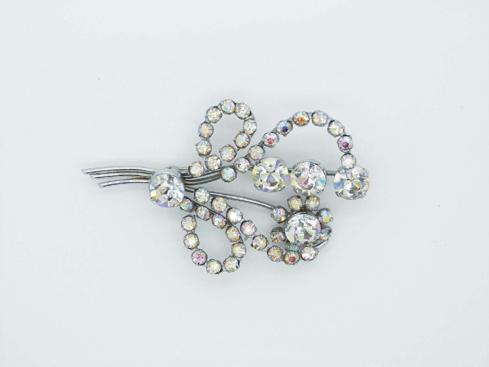 Vintage 40s Beautiful AB Diamante Flower Spray Silvertone Brooch 7cms Quality!