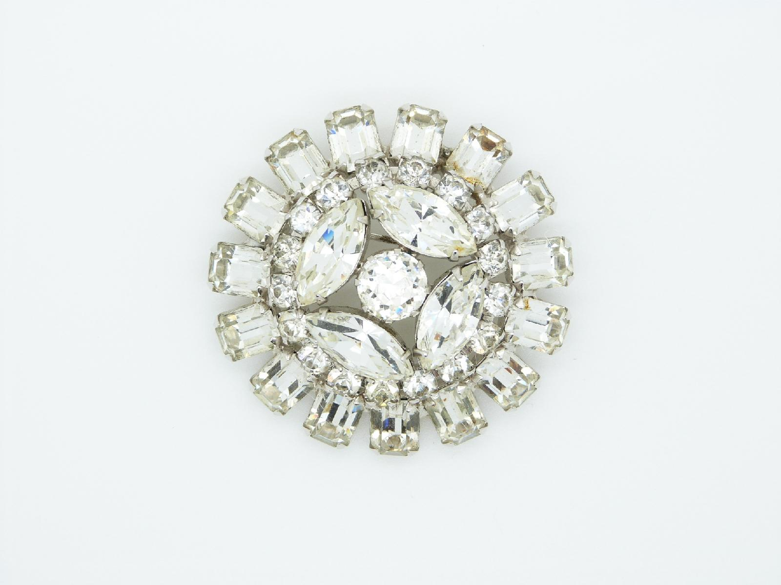 Vintage 50s Signed Weiss Large Sparkling Diamante Domed Silvertone Brooch