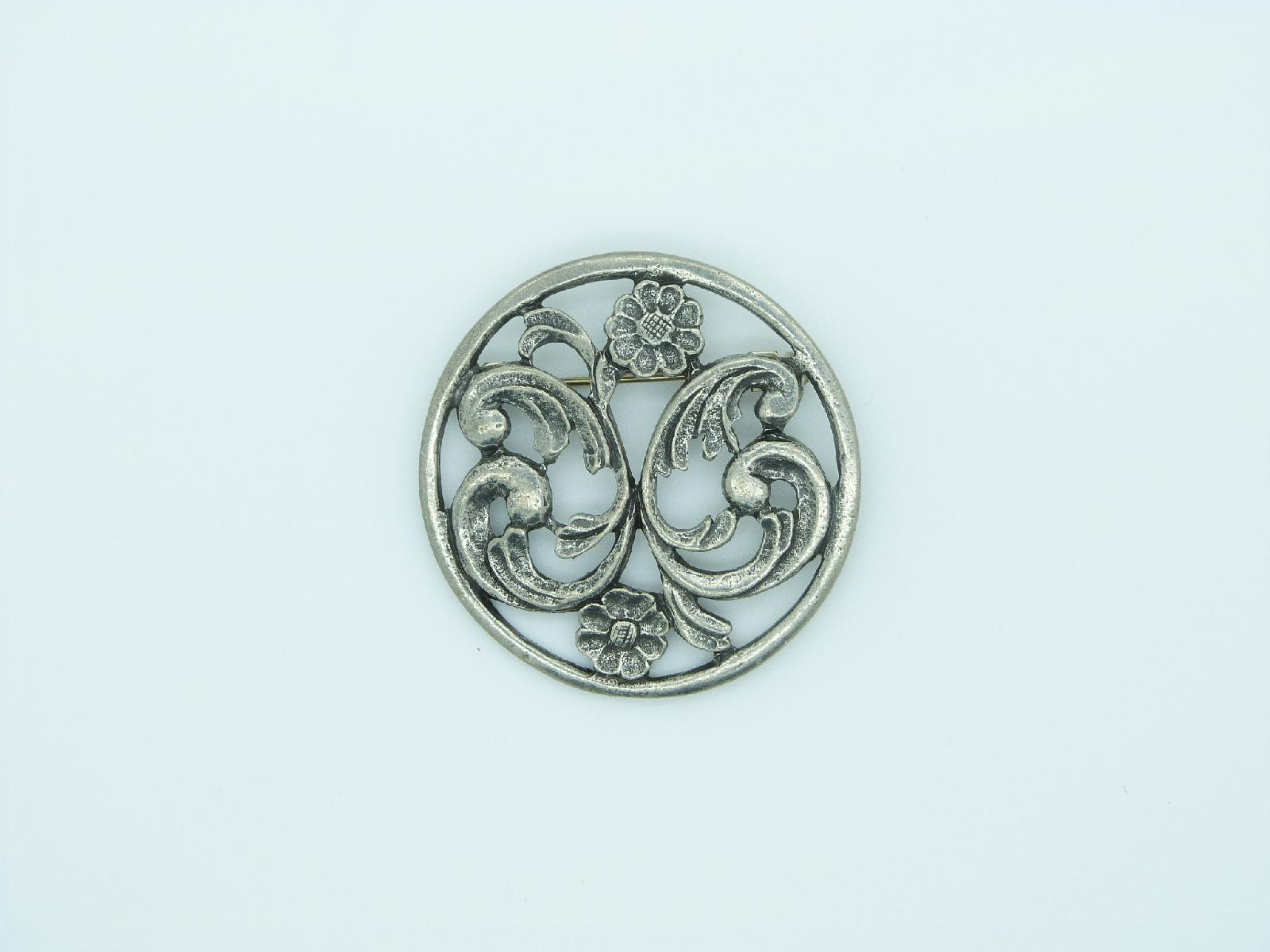 Vintage 60s Signed Havstad Tinn Danish Pewter Flower Design Circle Brooch