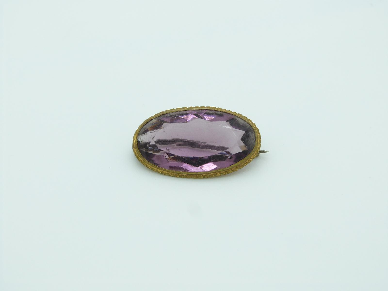 £12.00 - Antique Victorian Pretty Purple Paste Glass Gilt Metal Brooch 3.5cms