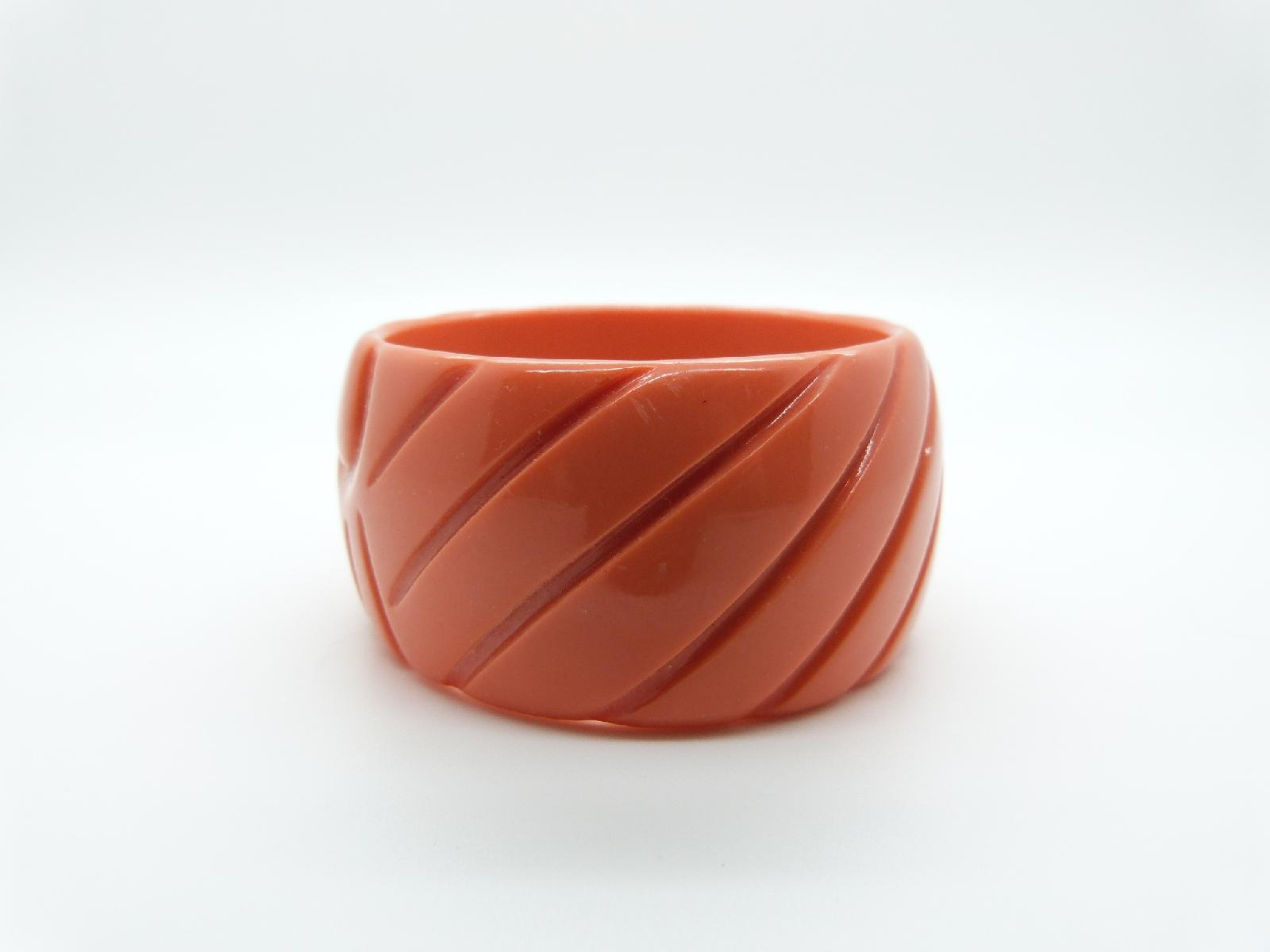 Vintage 70s Wide Orange Carved Lucite Bangle Abstract Sunray Design