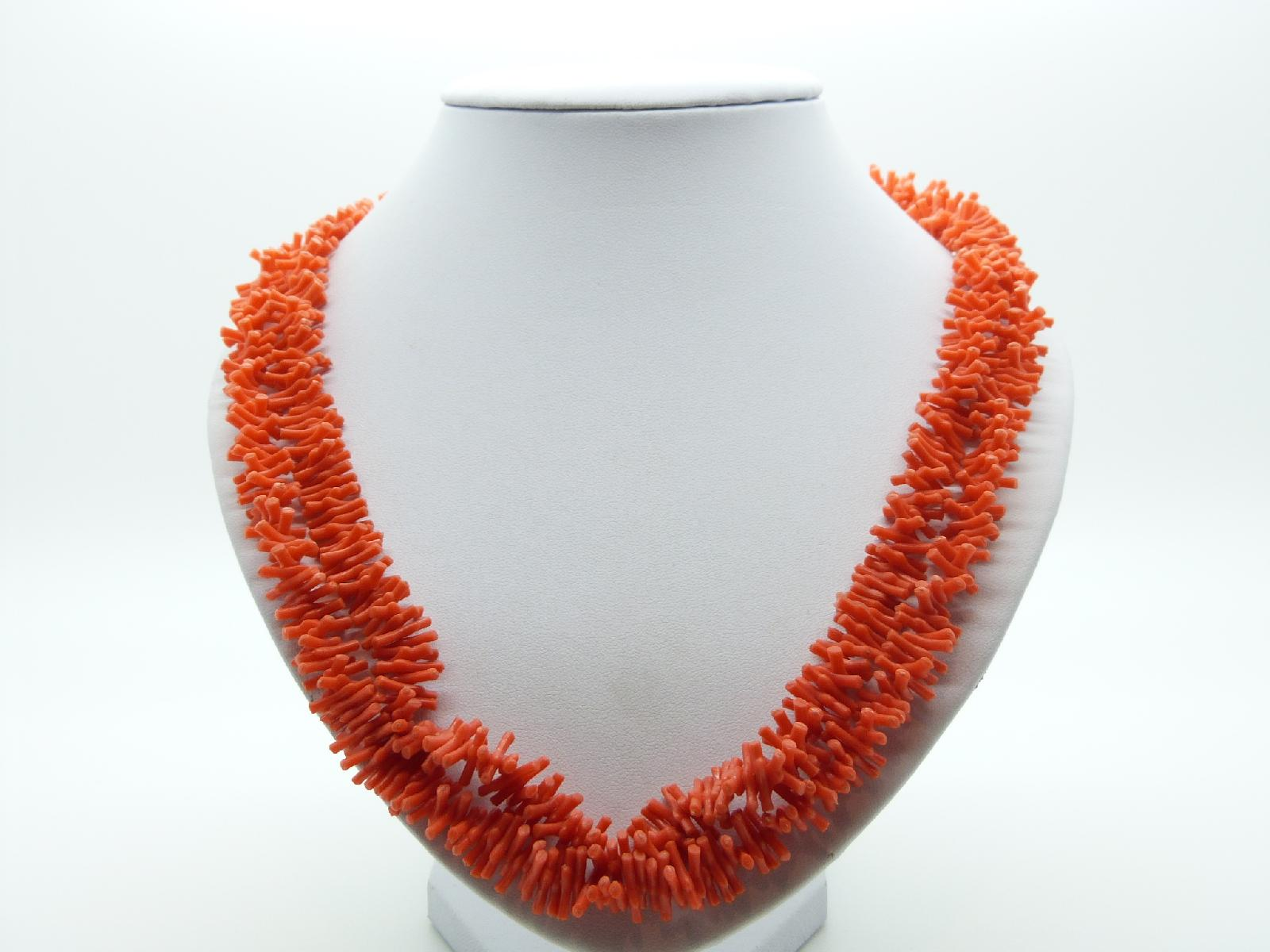 Vintage 60s Attractive Long Orange Faux Coral Lucite Twig Bead Necklace