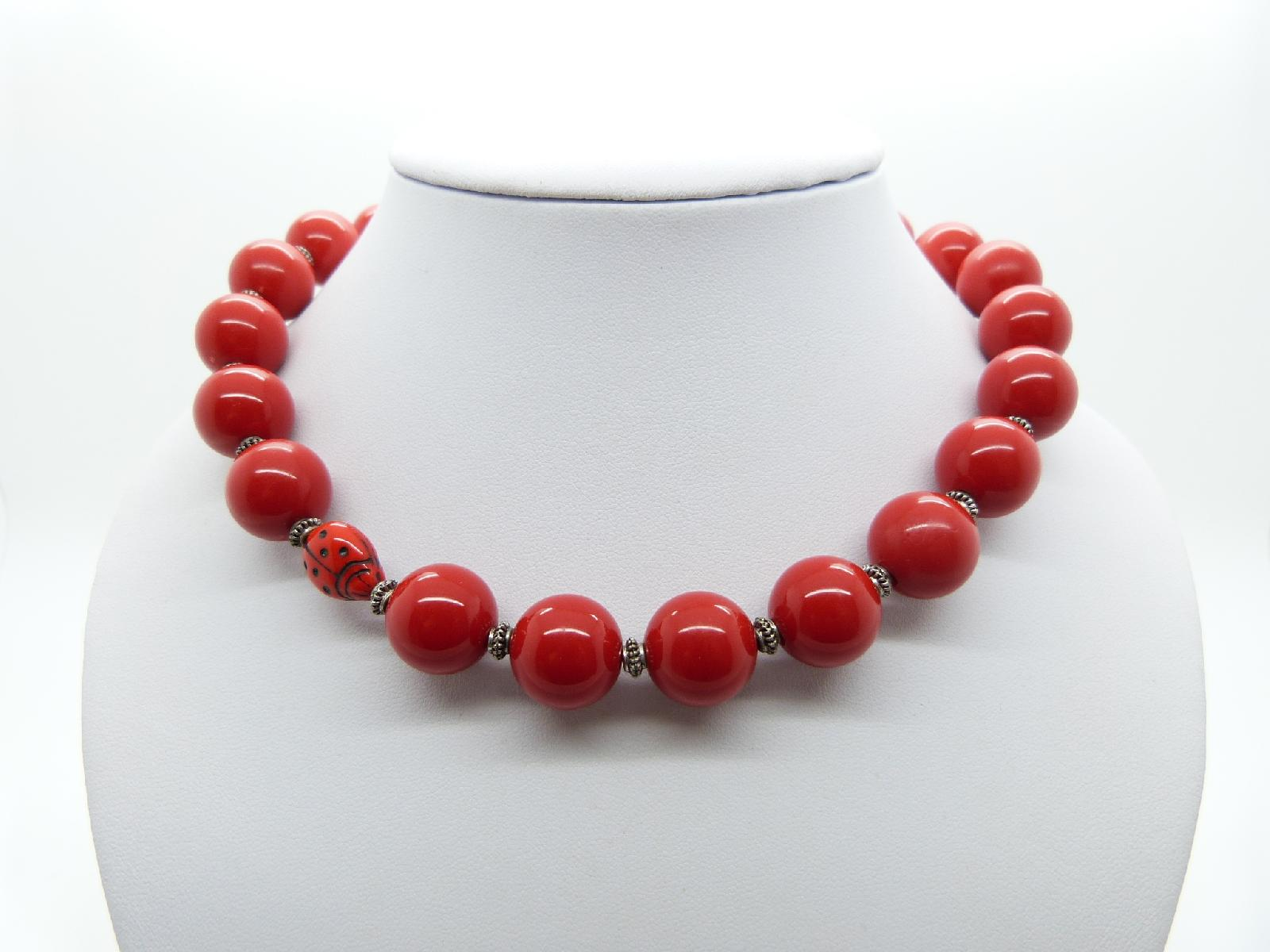 £14.00 - Vintage Redesigned Unique 1950s Red Plastic Bead Ladybird Necklace 46cms