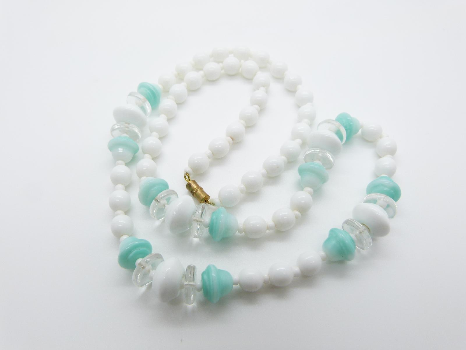 Vintage 50s Czech Fresh White and Mint Green Glass Bead Necklace 69cms