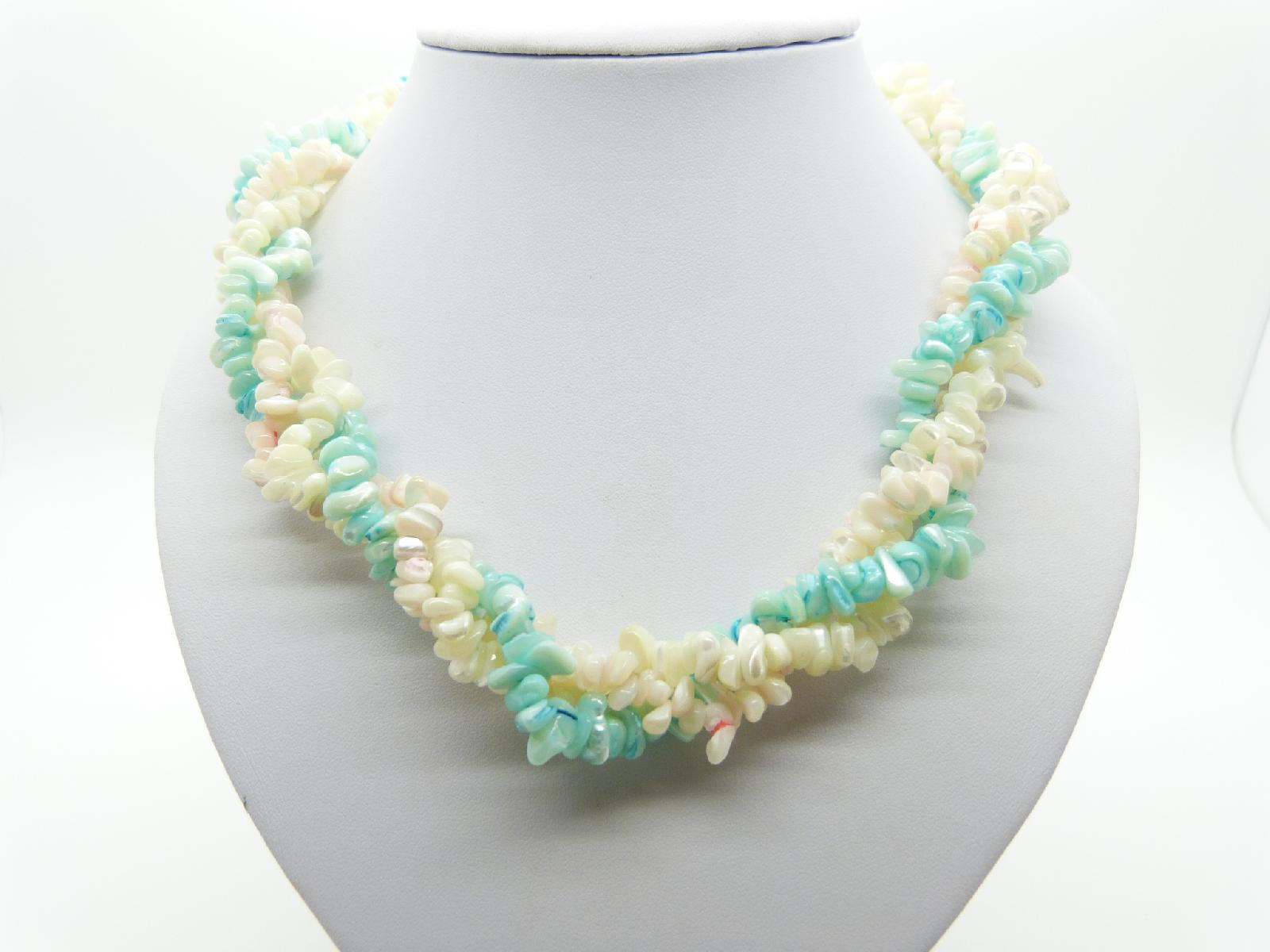 £32.00 - Vintage 50s Fab Three Row Twist Aqua and White Mother of Pearl Bead 55cms Necklace