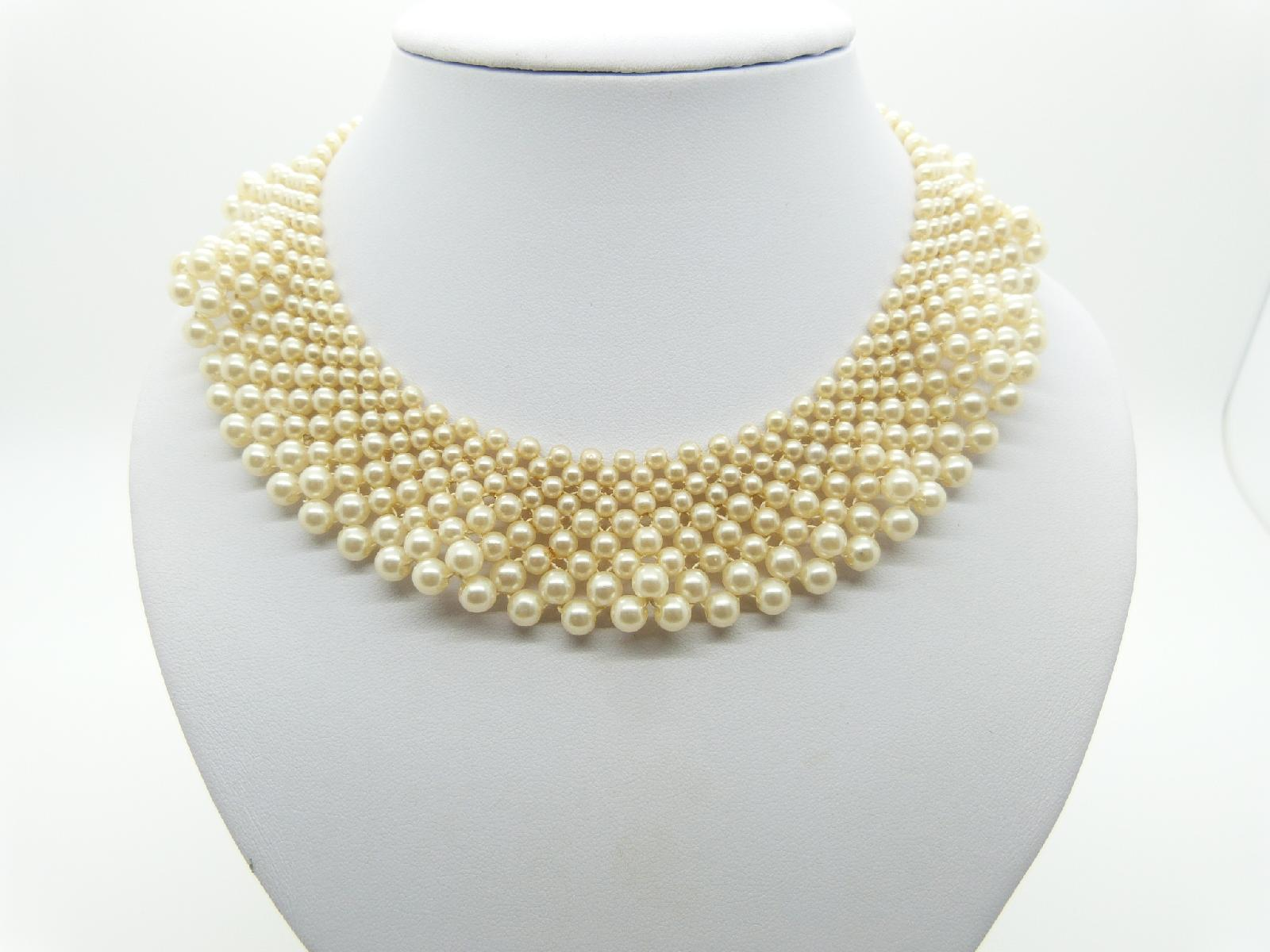 Vintage 50s Pretty and Feminined Faux Pearl Bead Wide Collar Necklace 40cms
