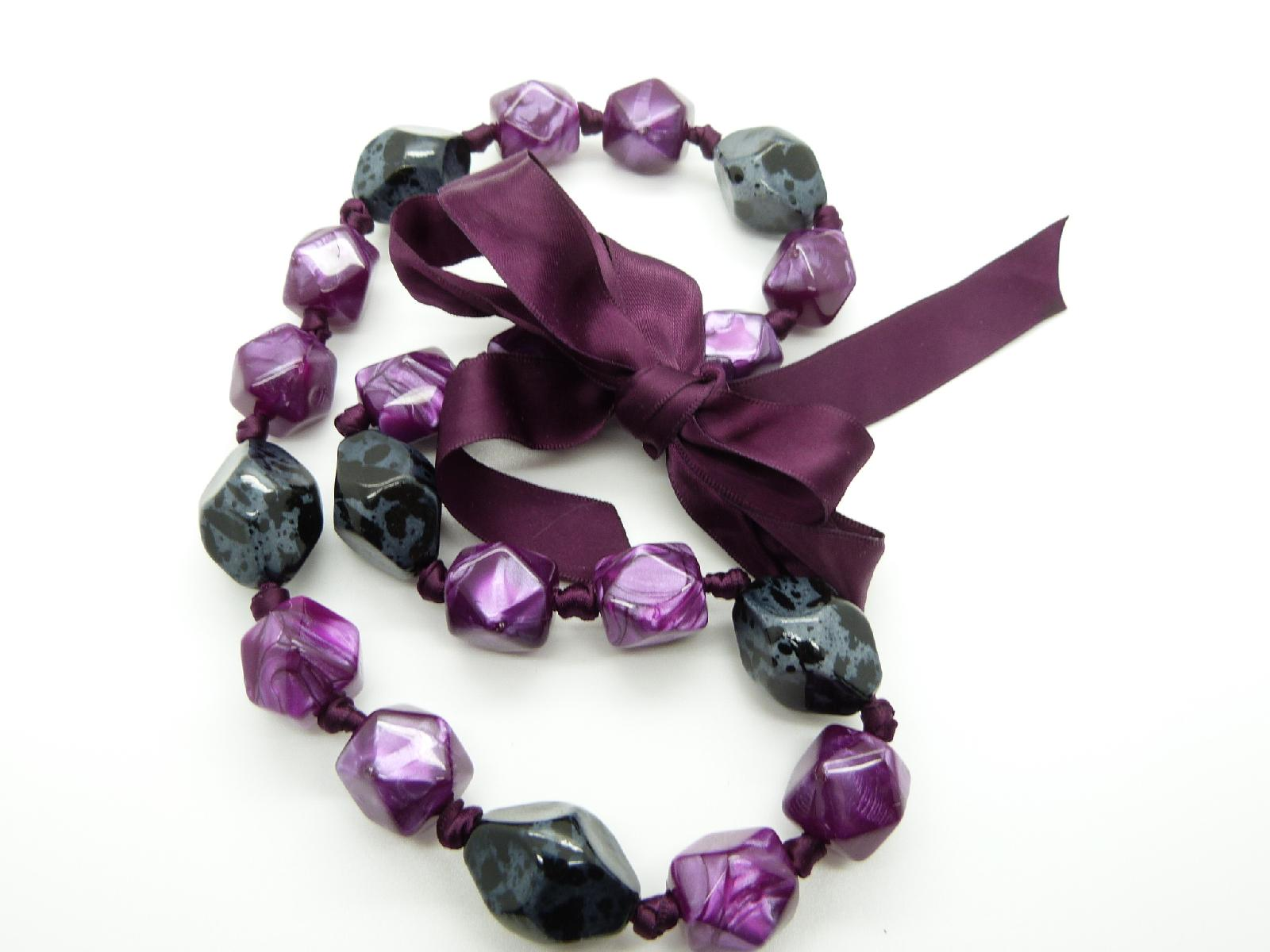 Chunky Grey and Pink Purple Plastic Faceted Bead Necklace with Ribbon Tie