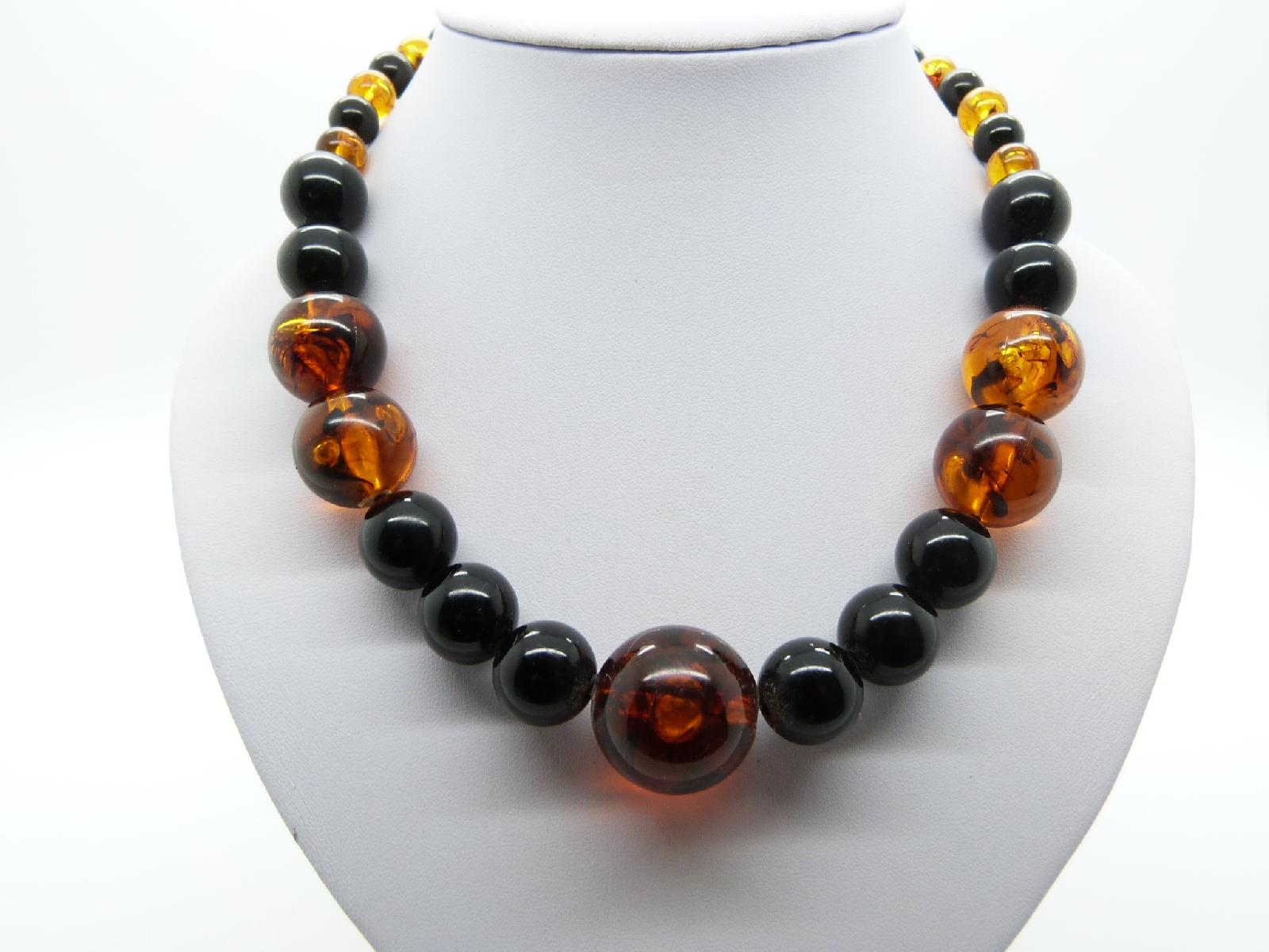 £20.00 - Vintage 50s Chunky Black and Amber Coloured Plastic Lucite Bead Necklace