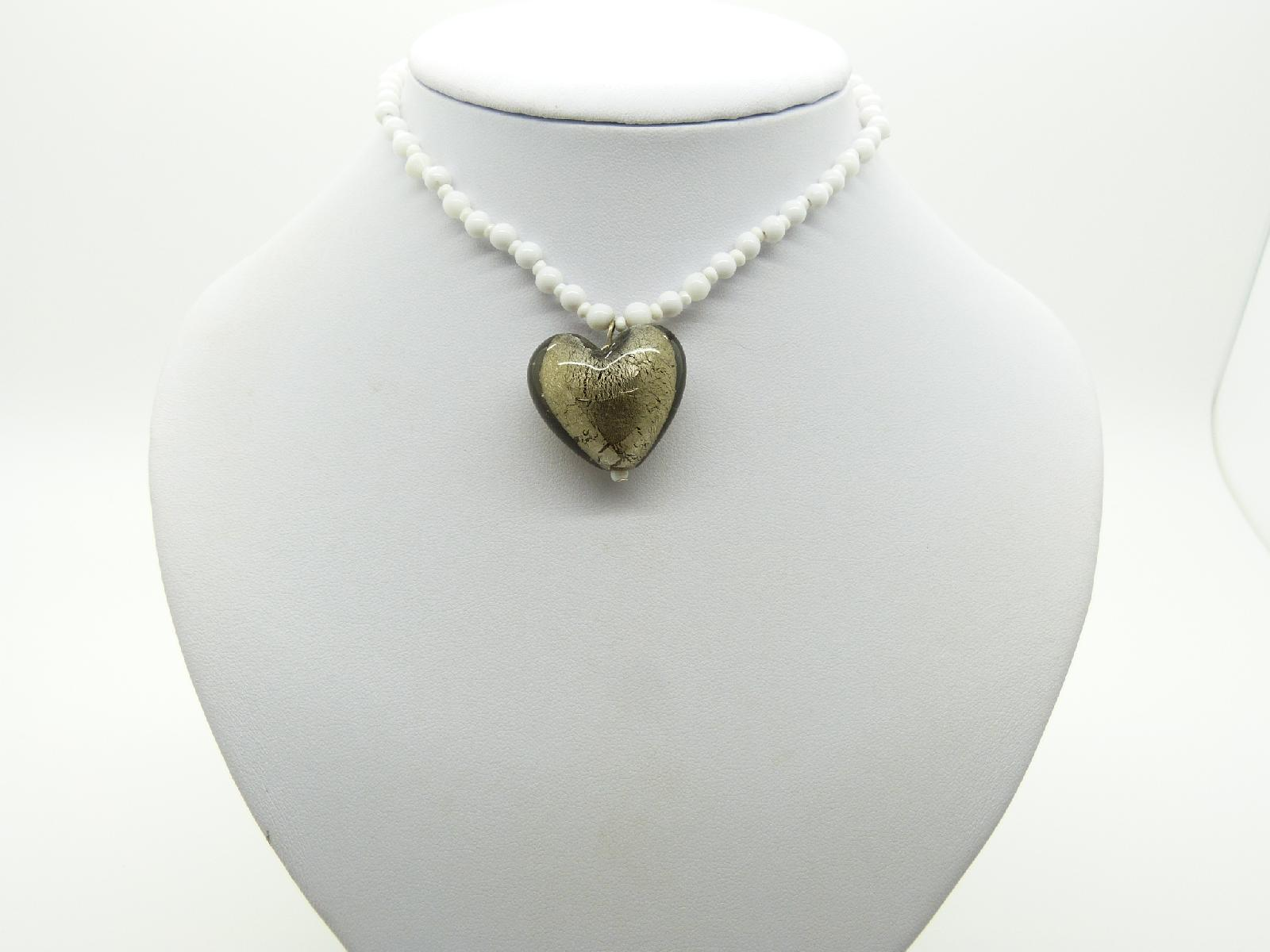 £8.00 - Vintage Redesigned White Glass Bead Necklace Murano Glass Heart Pendant