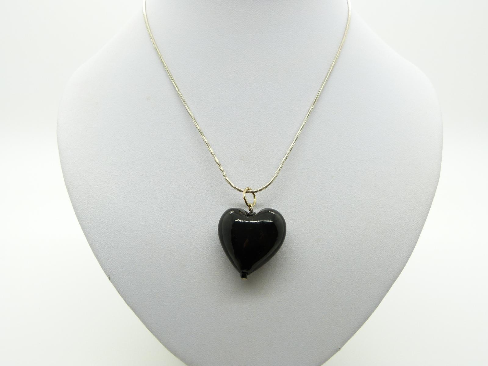 Pretty Black Glass Heart Pendant with Silvertone Snake Chain