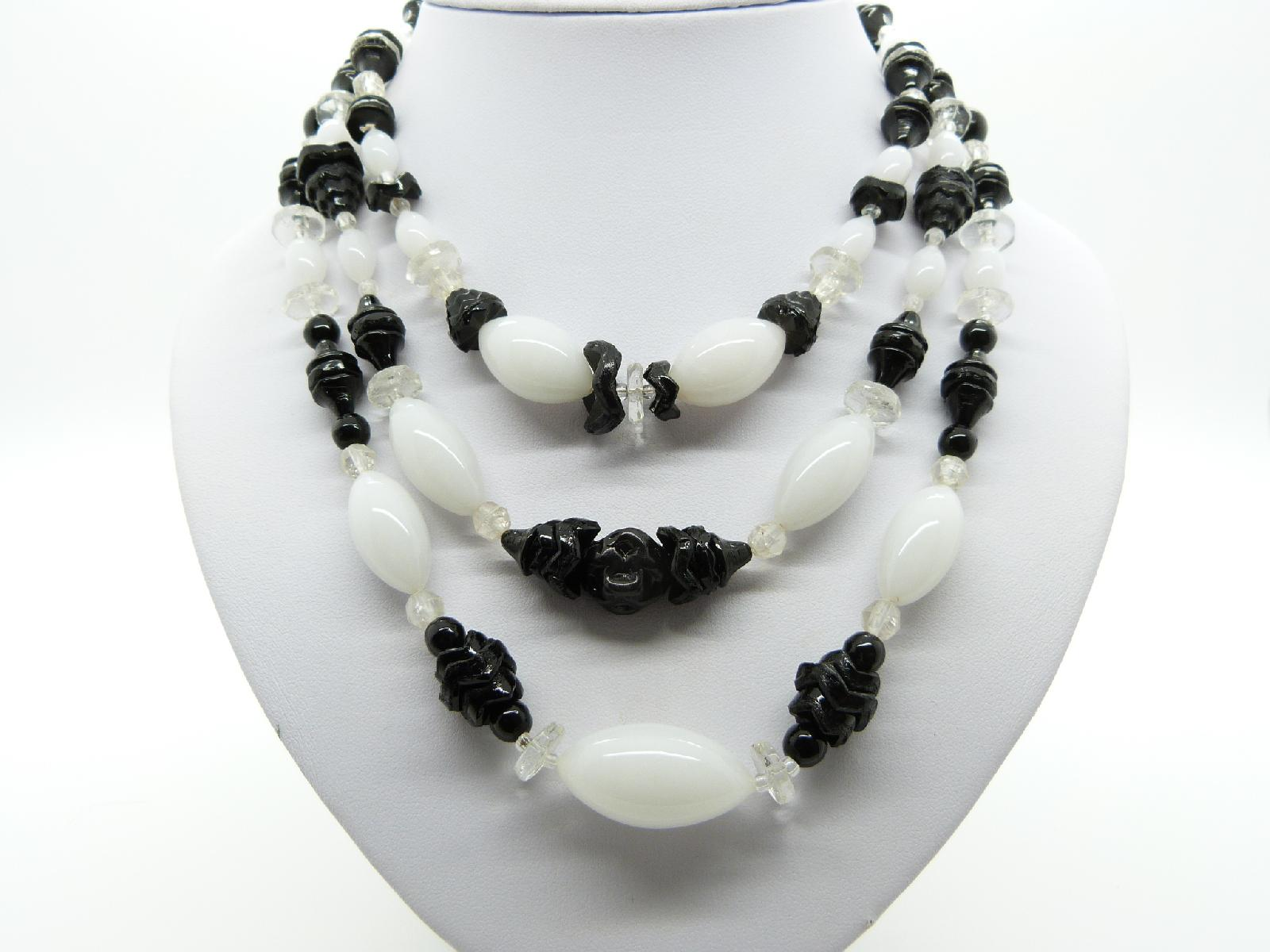 £42.00 - Vintage 50s Stunning Three Row Black and White Glass Bead Necklace Quality!