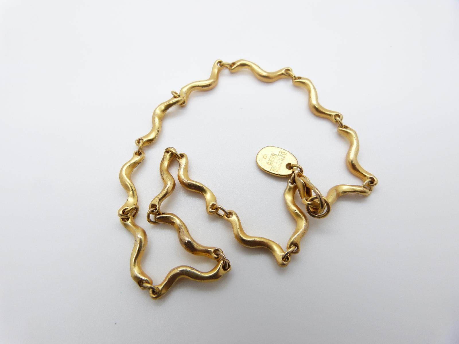 £12.00 - Signed Dyrberg Kern Fancy Wavy Link Goldtone Designer Necklace