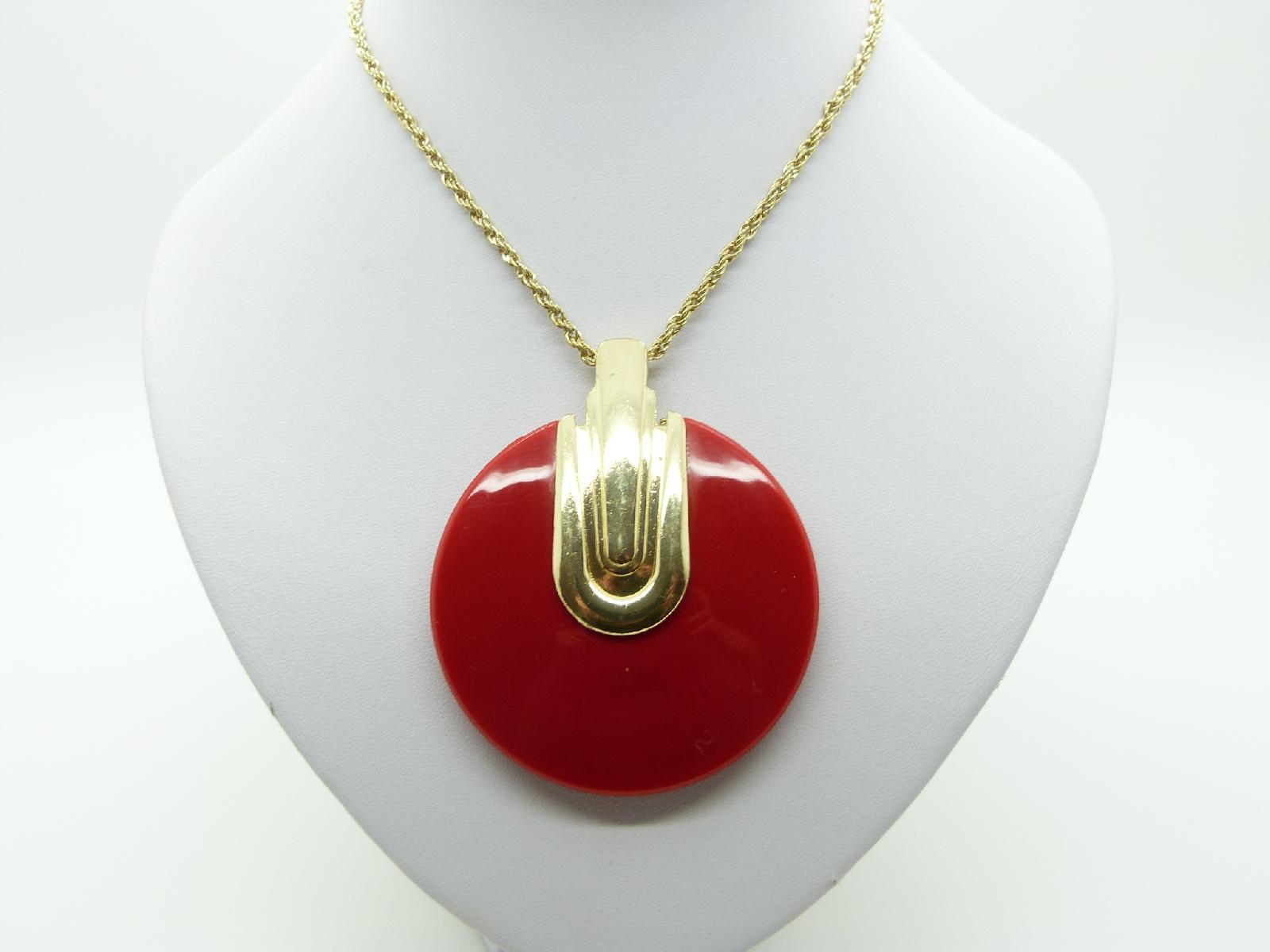 £12.00 - Fab Large Red and Gold 60s Style Round Pendant and Long Gold Chain