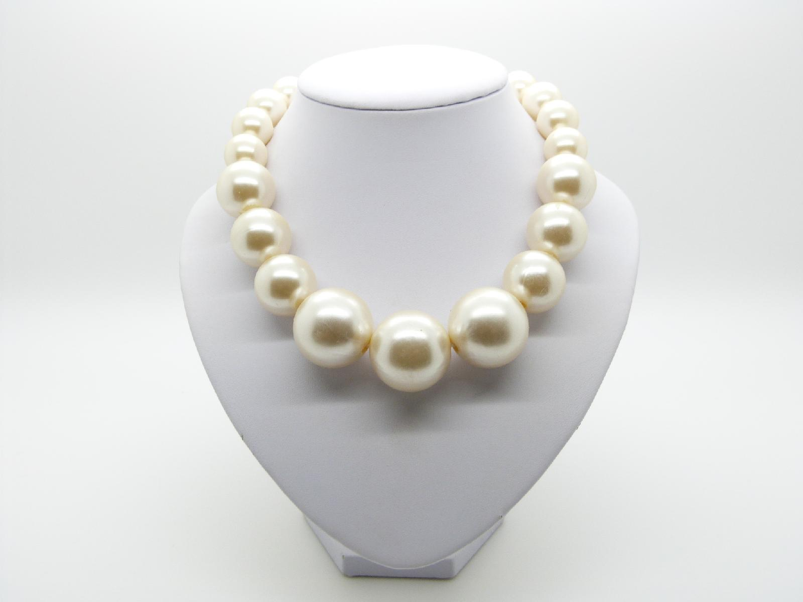 Vintage 50s STYLE Chunky Faux Pearl Bead Statement Necklace