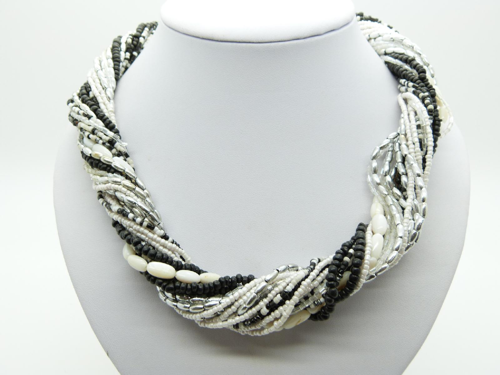 £13.00 - Vintage 80s Super Black White and Silver Multi Strand Bead Twist Necklace