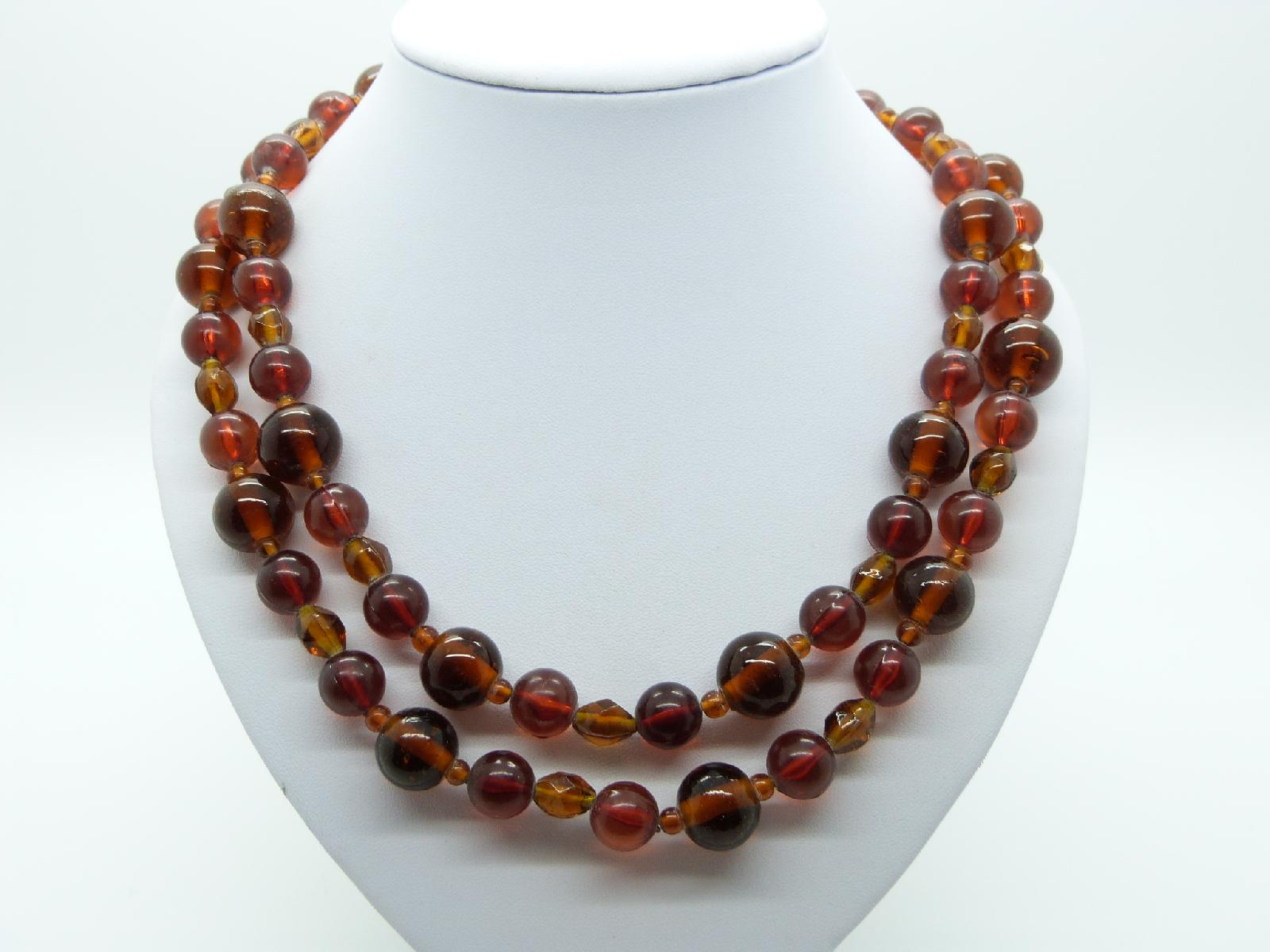 £16.00 - Vintage 80s Attractive Long Two Tone Amber Glass Bead Necklace 106cms