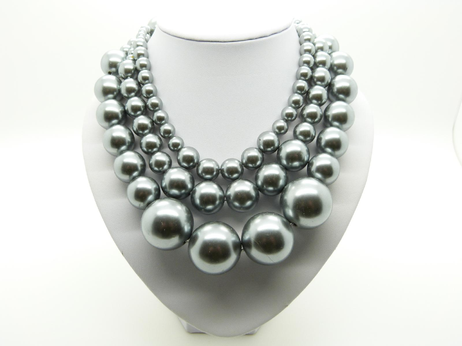 Vintage 50s STYLE Three Row Chunky SIlver Grey Pearl Bead Necklace Fab!
