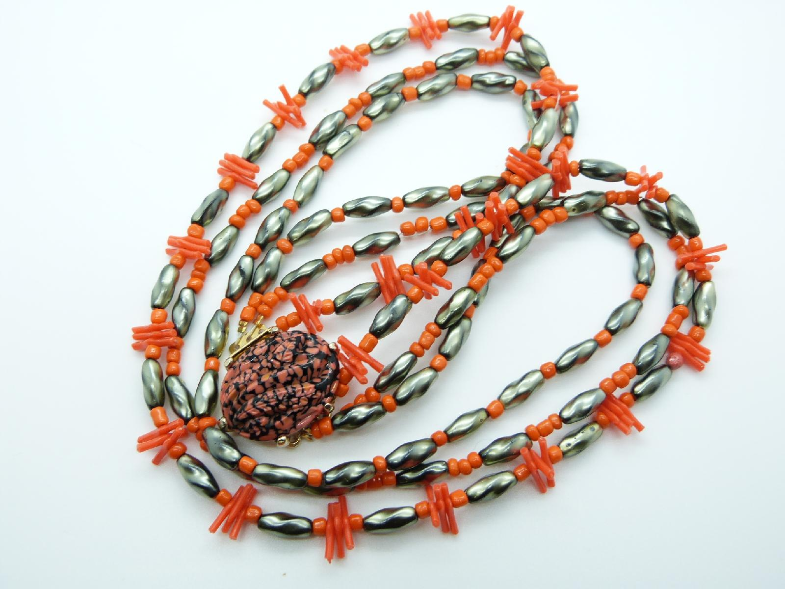 £34.00 - Vintage 50s Three Row Orange Coral Twig Grey Glass Bead Necklace Fab Clasp