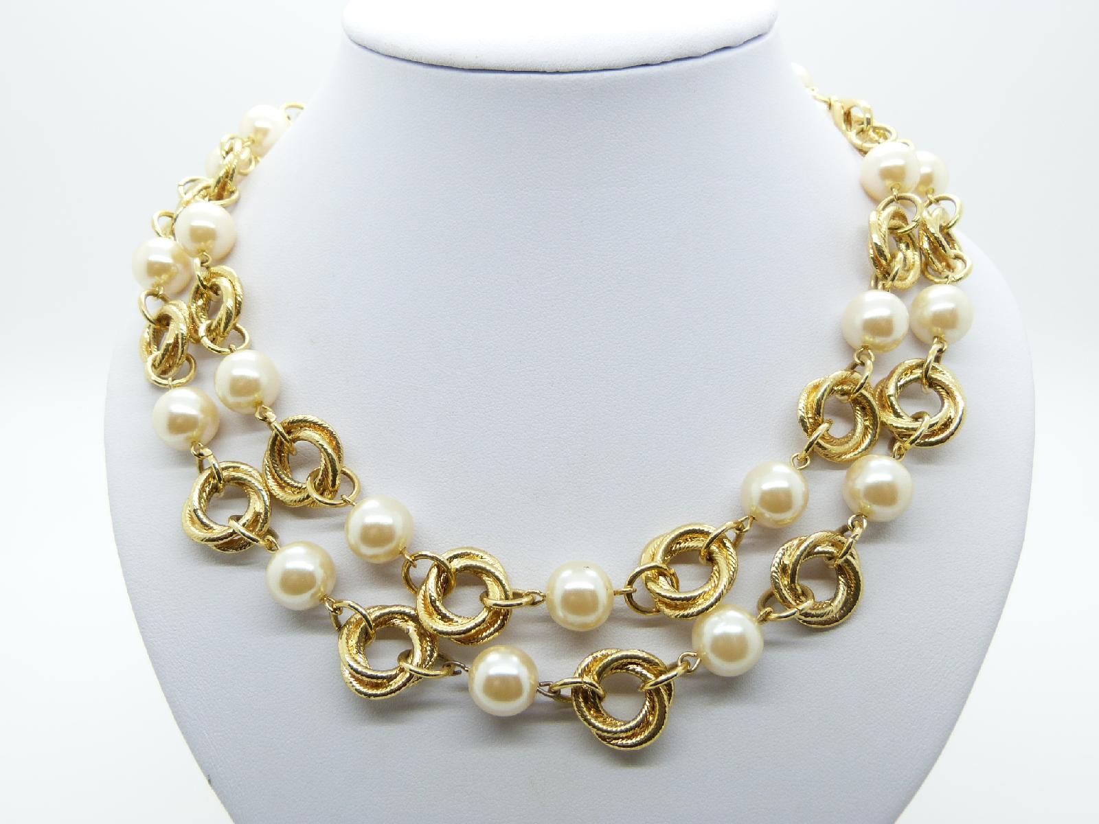 Vintage 80s Stunning Glass Faux Pearl Bead Double Link Goldtone Necklace