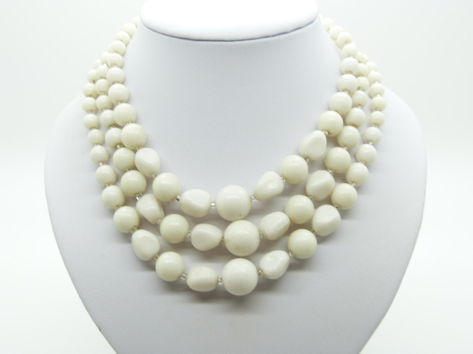 Vintage 50s Three Row Pretty White Plastic Bead Necklace Unusual Shape