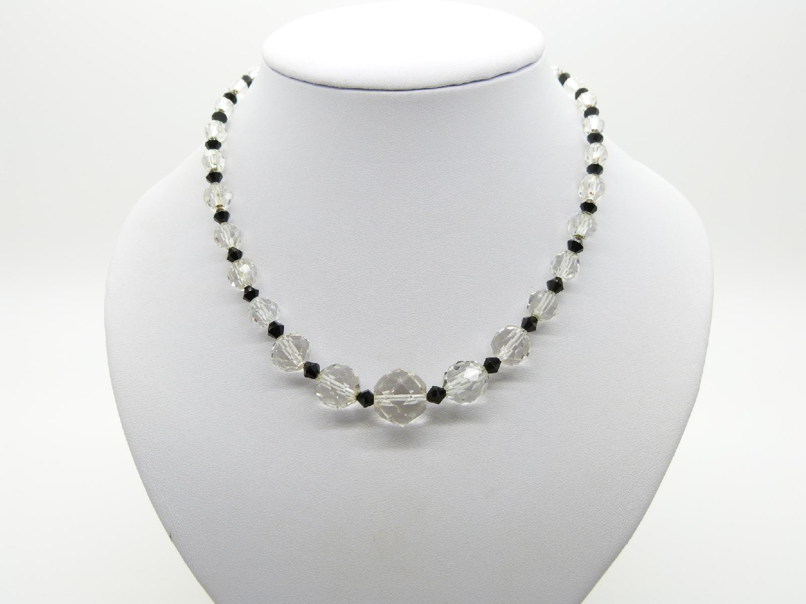 £24.00 - Vintage 30s Art Deco Pretty Black and Clear Crystal Glass Bead Necklace