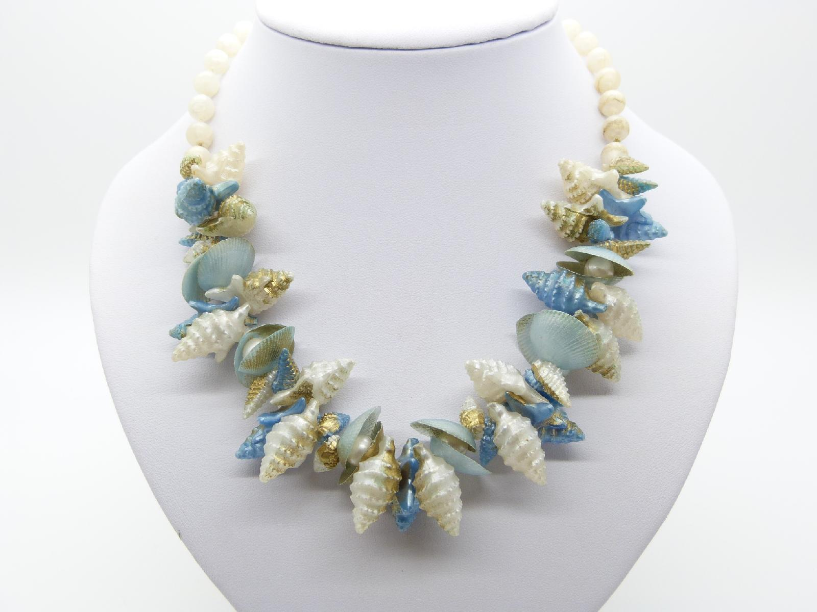 Vintage 50s Quirky White and Blue Plastic Shell Charm Bead Necklace