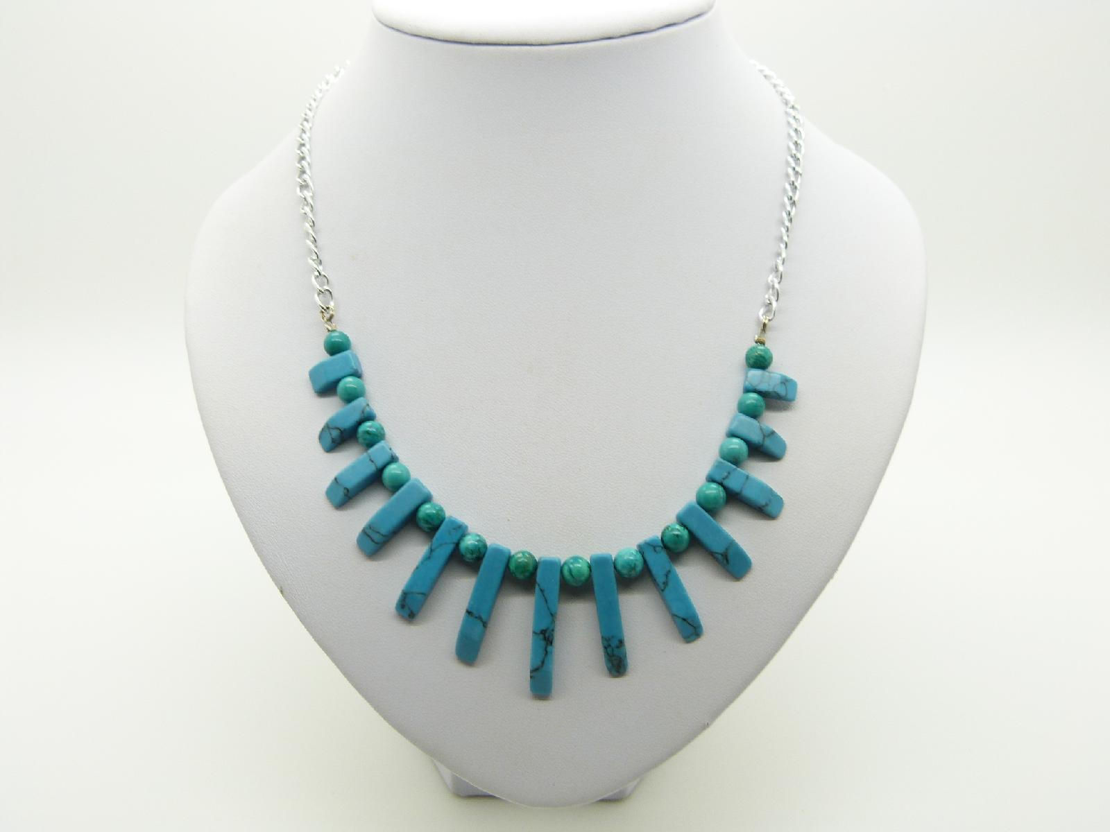 Attractive Eyecatching Real Turquoise Bead Necklace on Silvertone Chain