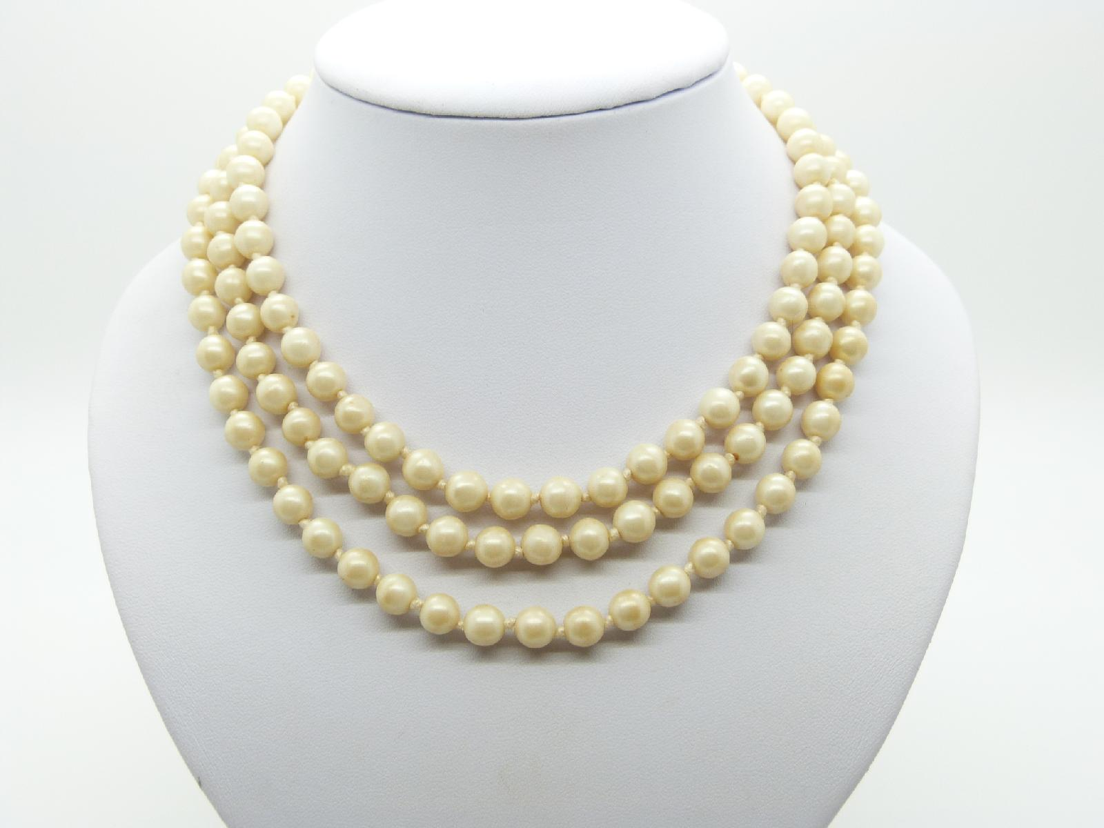 £26.00 - Vintage 50s Quality and Classy Three Row Glass Faux Pearl Bead Necklace 45cms