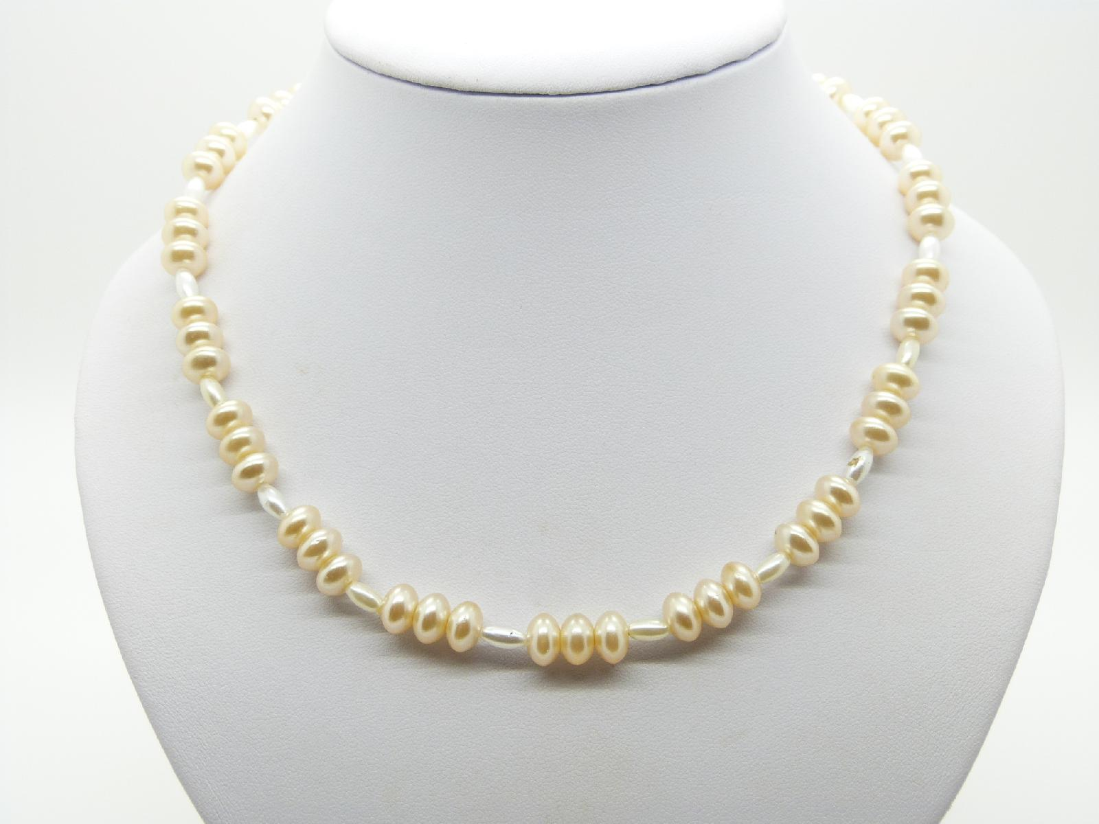 Vintage 50s Pretty Faux Glass Pearl Rondel Bead Necklace 50cms