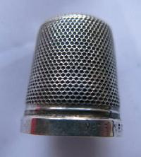 Collectable  Silver Thimble10206