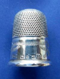 Collectable Hallmarked Silver Thimble10213