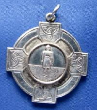 £4.00 - Vintage Medal Award for Irish Dancing 10231