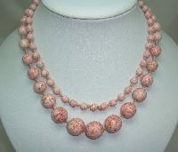 £42.00 - Vintage 30s Hand Knotted Mottled Pink Glass Graduating Bead Necklace