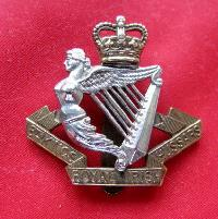 £9.00 - Collectable  British  Military Cap Badge 10691