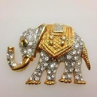 Vintage 80s Magnificent Diamante Encrusted Goldtone Elephant Brooch