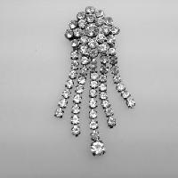 £15.00 - Vinage 50s Sparkling Diamante Tassel Silvertone Brooch 8cms
