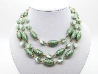 £22.00 - Vintage 50s Fab Three Row Two Tone Green Textured Lucite Bead Necklace