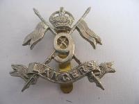 £8.00 - Collectable  British  Military Cap Badge 11438